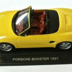 Coches a escala: COCHE PORSCHE BOXTER 1997, DEAGOSTINI, 1:43, NO A SIDO RODADO, CON PEANA BASE *. Lote 143710362