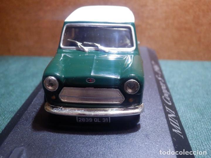 Coches a escala: COCHE METÁLICO A ESCALA 1: 43 - Mini Cooper S - 1957 - CON URNA-CAJA ORIGINAL - - Foto 3 - 143903094