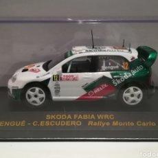 Coches a escala: SKODA FABIA WRC, ALEX BENGUÉ, RALLY MONTE CARLO 2005,IXO-ALTAYA. Lote 146704176