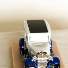 Coches a escala - ELIGOR 1208 FORD V8 1932 DELIVERY SEDAN GUILLETTE - 1/43 - 147031254
