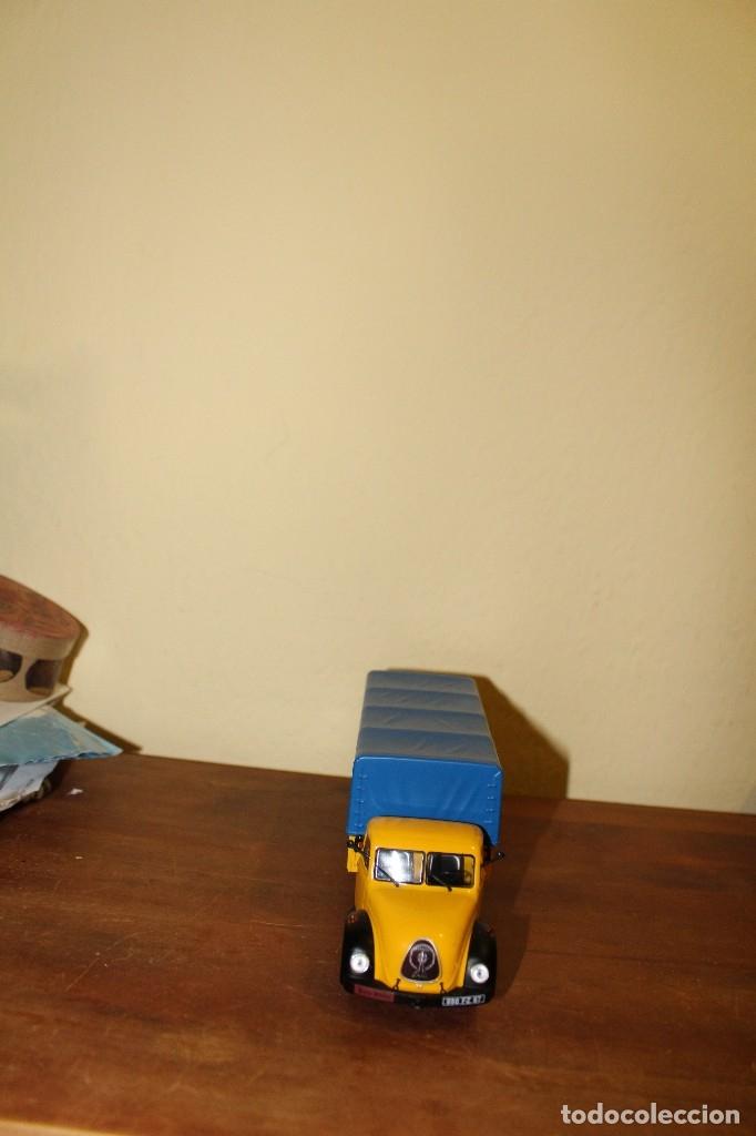 Coches a escala: Camion Escala/Scale Diecast Truck: MAGIRUS MERKUR (Danzas) - Coleccion Camiones de Antaño de Altaya - Foto 2 - 147714714