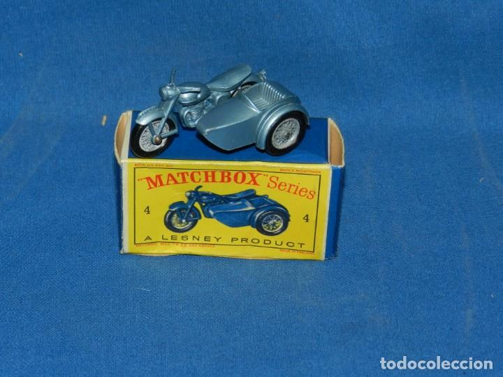 Coches a escala: (M) MATCHBOX 4 TRIUMPH MOTORCYCLE AND SIDECAR CON CAJA, BUEN ESTADO - Foto 1 - 150464290