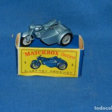 Coches a escala: (M) MATCHBOX 4 TRIUMPH MOTORCYCLE AND SIDECAR CON CAJA, BUEN ESTADO. Lote 150464290