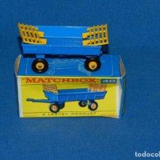 Coches a escala: (M) COCHE MATCHBOX HAY TRAILER 40, CON CAJA, BUEN ESTADO , LAS RUEDAS SE SALEN. Lote 150805878