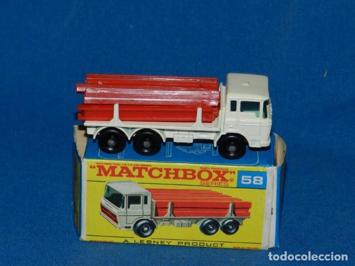 (M) COCHE CAMION MATCHBOX DAF GIRDER TRUCK 58 CON CAJA, BUEN ESTADO (Juguetes - Coches a Escala 1:43 Otras Marcas)