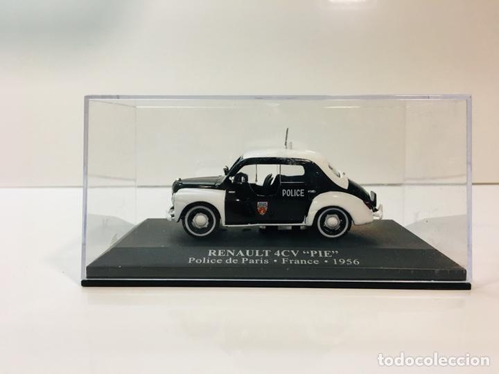 Coches a escala: Renault 4cv pie policía paris 1:43 - Foto 2 - 153152106