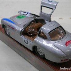 Carros em escala: SCHUCO 1/43 MERCEDES 300SL III PANAMERICA MEXICO COUPE 1952 MADE IN GERMANY. Lote 154781494