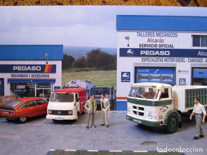 Coches a escala: Diorama 1/43 Pegaso talleres 80 (II). Especial vitrinas. Personalizamos nombre taller GRATIS. - Foto 2 - 155755702