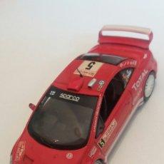 Coches a escala: PEUGEOT 307 WRC - IXO ALTAYA - 1:43 - LE FALTA UN ESPEJO. Lote 159765926
