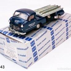 Coches a escala: CONRAD Nº 103402 MERCEDES BENZ 1955 RACING CAR TRANSPORTER. Lote 95411867