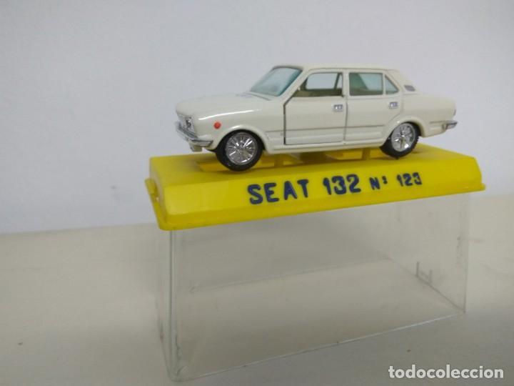 Coches a escala: JOAL SEAT 132 CON CAJA - Foto 2 - 166957832