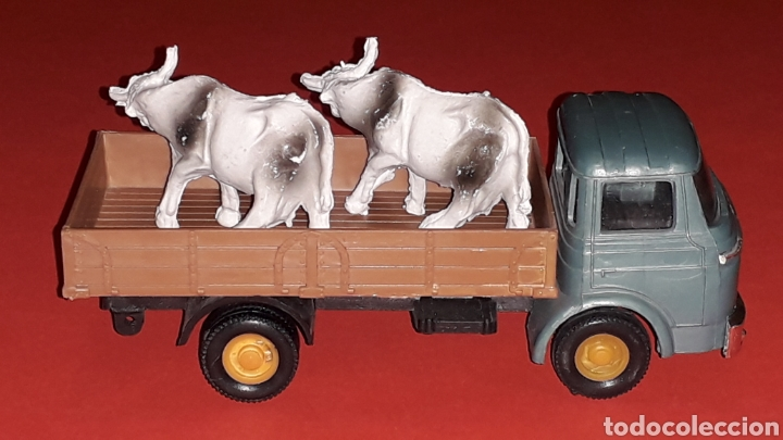 Coches a escala: Camión Barreiros transporte ganado, plástico esc. 1/43, Guisval Ibi made in Spain, original años 60. - Foto 5 - 167071080