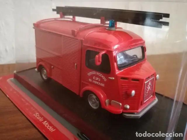Coches a escala: Camion De Bomberos Del Prado NUEVO Camion de Bomberos. Escala 1:43. 1947- Citroen H-type integral V - Foto 6 - 167874968