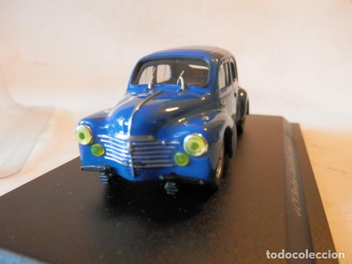 Coches a escala: RENAULT 4-4 BERLINE BOD D´OR 1952-1/43-LUGOY - Foto 7 - 167976160