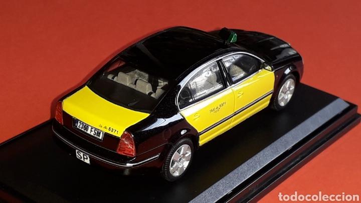 Coches a escala: Skoda Superb Taxi Barcelona, metal esc. 1/43, Kit Car 43, base Abrex. Impecable - Foto 4 - 175318704