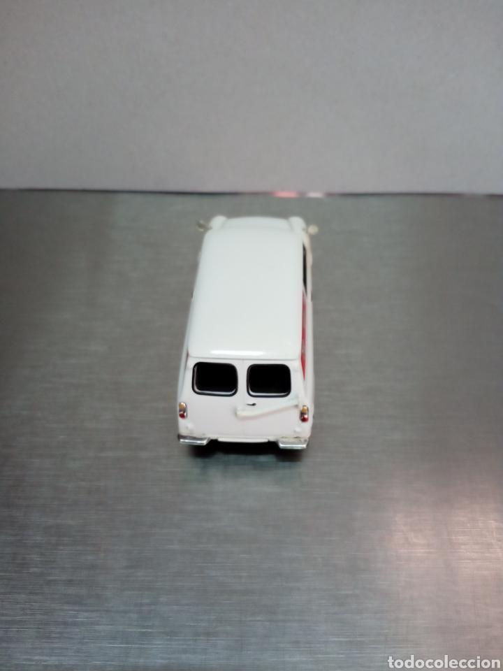 Coches a escala: Mini Morris Altaya 1/43 - Foto 3 - 177033837