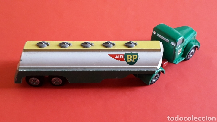 Coches a escala: Camión Volvo cisterna BP ref. 434, metal esc. 1/43 *1/50*, Tekno made in Denmark, original años 60. - Foto 5 - 177645865