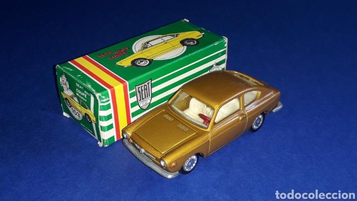 Coches a escala: Seat 850 Coupé ref. 103, metal esc. 1/43, miniaturas Joal made in Spain, original años 60. Con caja. - Foto 2 - 178828723