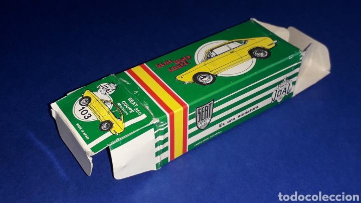 Coches a escala: Seat 850 Coupé ref. 103, metal esc. 1/43, miniaturas Joal made in Spain, original años 60. Con caja. - Foto 9 - 178828723
