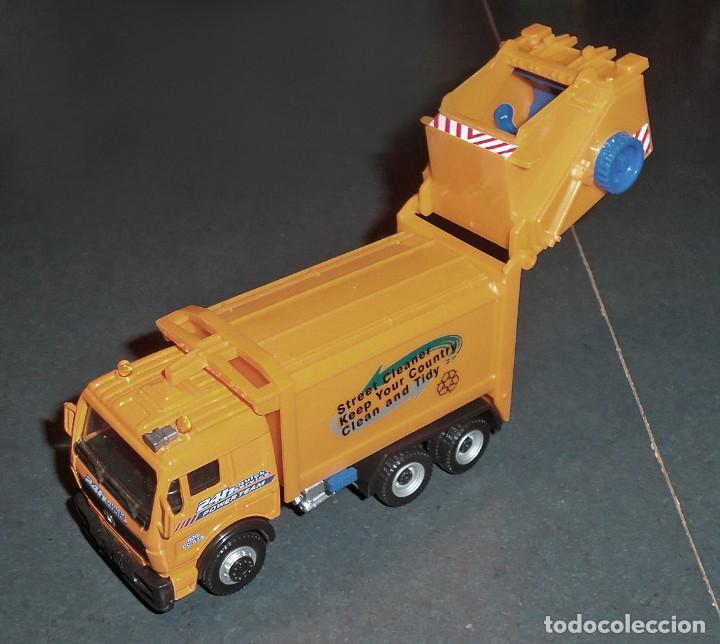 Coches a escala: Lote 5 Camiones MERCEDES Obras Públicas - ¡NUEVOS! - Foto 2 - 186377365