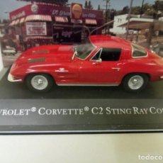 Coches a escala: CHEVROLET CORVETTE C2 STING RAY COUPÉ,CON URNA.. Lote 187226853