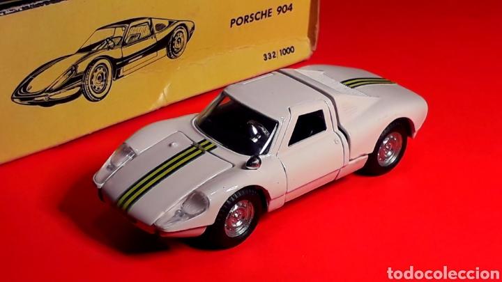 Coches a escala: Porsche 904 Carrera GTS ref 535, metal esc. 1/43, Politoys made in Italy, original años 60. Con caja - Foto 2 - 203912620