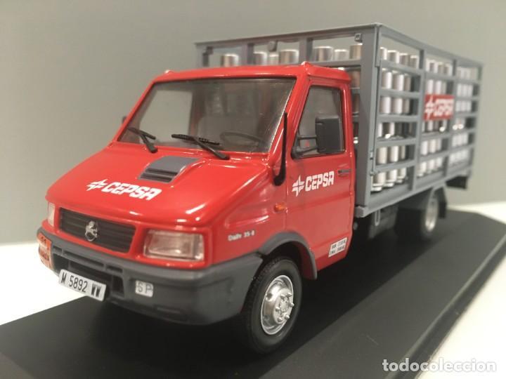 Coches a escala: Vehiculo de reparto pegaso daily cepsa 1994. ESCALA 1/43 - Foto 2 - 289629488