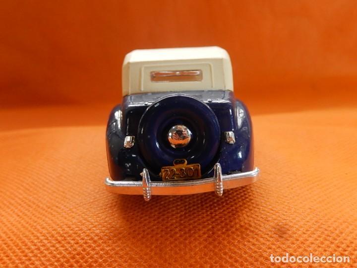 Coches a escala: Lincoln Continental 1946. Fabricado en Italia por Rio. Años 1970 / 80. - Foto 7 - 194118186