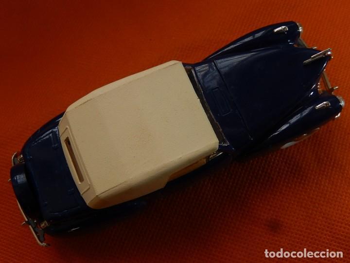 Coches a escala: Lincoln Continental 1946. Fabricado en Italia por Rio. Años 1970 / 80. - Foto 22 - 194118186