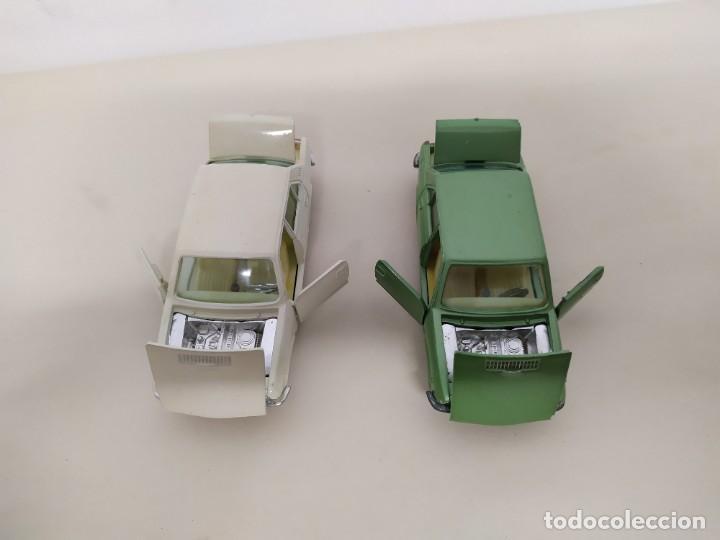 JOAL - SEAT 132 LOTE DE DOS COCHES CREMA Y VERDE (Juguetes - Coches a Escala 1:43 Otras Marcas)