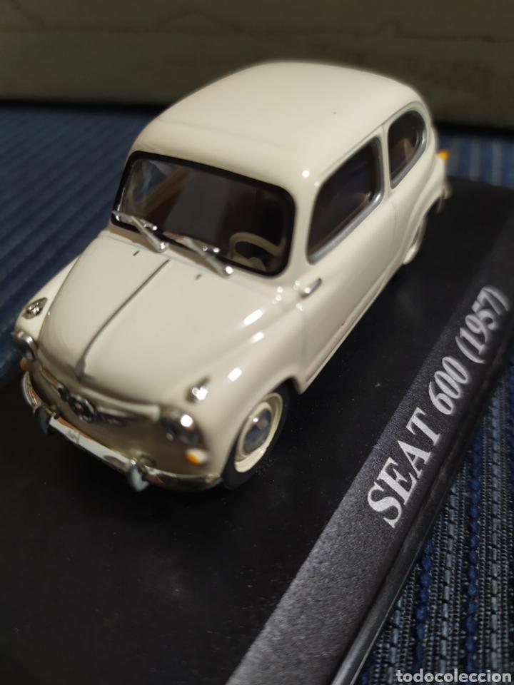 SEAT 600 1957 ALTAYA COMPLETO CON URNA TRANSPARENTE (Juguetes - Coches a Escala 1:43 Otras Marcas)