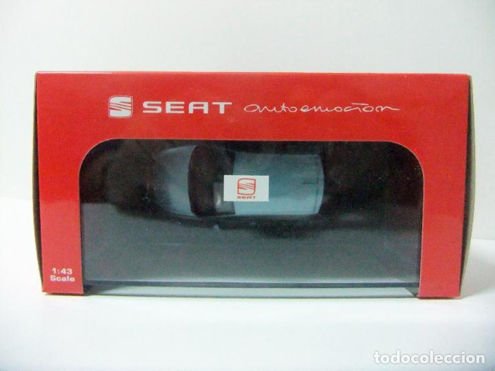 Coches a escala: SEAT IBIZA 5P 5 PUERTAS ATUL NAYARRA - ALEXANDER FISCHER ESCALA 1:43 COCHE AUTOEMOCIÓN COLECCIÓN - Foto 3 - 195227351