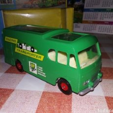 Coches a escala: MATCHBOX TRANSPORTER RACING CAR. Lote 195248261