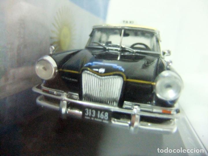 Coches a escala: SIAM DI TELLA 1500 TAXI DE BUENOS AIRES 1963 - SALVAT ARGENTINA ESCALA 1:43 COCHE AUTO 1065/13 GCBA - Foto 3 - 195328308