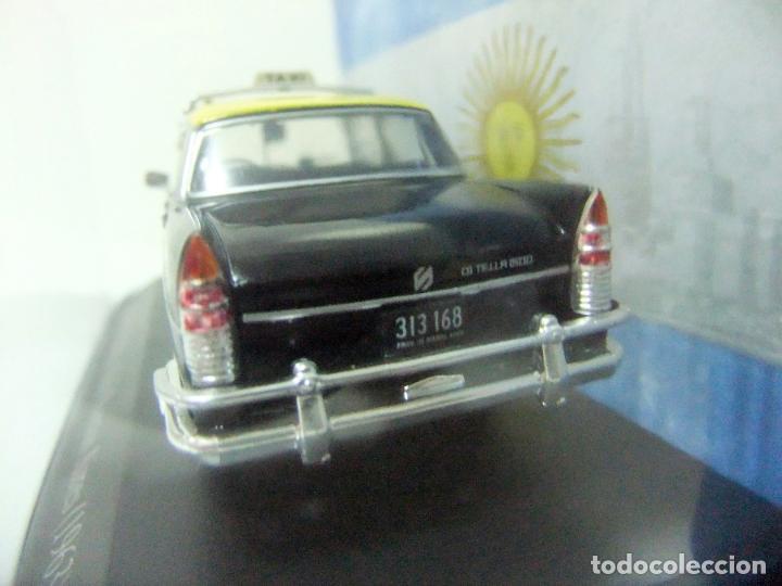 Coches a escala: SIAM DI TELLA 1500 TAXI DE BUENOS AIRES 1963 - SALVAT ARGENTINA ESCALA 1:43 COCHE AUTO 1065/13 GCBA - Foto 4 - 195328308