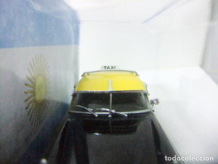Coches a escala: SIAM DI TELLA 1500 TAXI DE BUENOS AIRES 1963 - SALVAT ARGENTINA ESCALA 1:43 COCHE AUTO 1065/13 GCBA - Foto 5 - 195328308