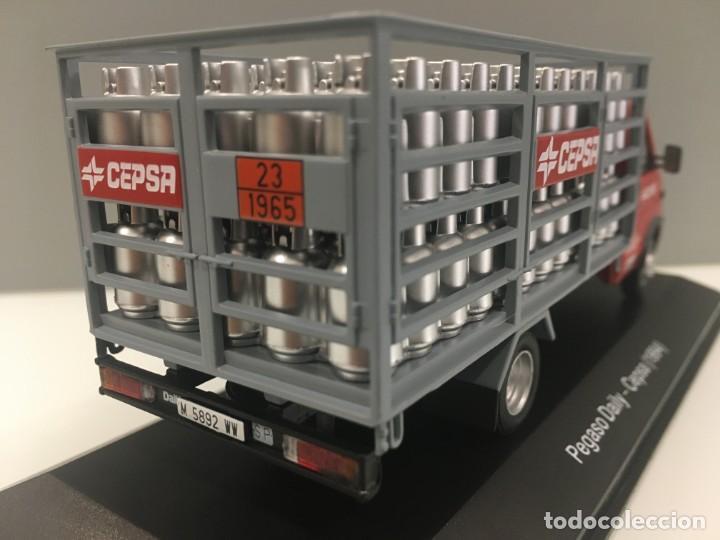 Coches a escala: Vehiculo de reparto pegaso daily cepsa 1994. ESCALA 1/43 - Foto 5 - 195578765