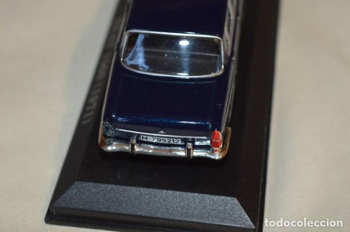 Coches a escala: Lote 2 coches escala 1/43 - 1:43 o similares - SEAT 1500 y RENAULT 8 TS ¡Mira fotos y detalles! - Foto 12 - 201355888