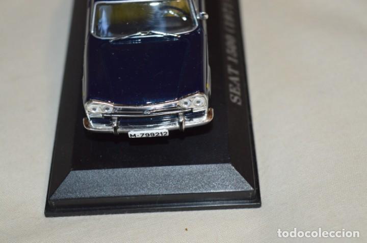 Coches a escala: Lote 2 coches escala 1/43 - 1:43 o similares - SEAT 1500 y RENAULT 8 TS ¡Mira fotos y detalles! - Foto 14 - 201355888