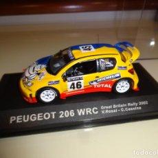 Carros em escala: IXO. ALTAYA. PEUGEOT 206 WRC. ROSSI-CASINA. RALLY GREAT BRITIAN 2002. Lote 201837630