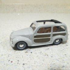 Coches a escala: BRUMM R028 - FIAT 500 C BELVEDERE 1951 PERFECTO. Lote 203632100