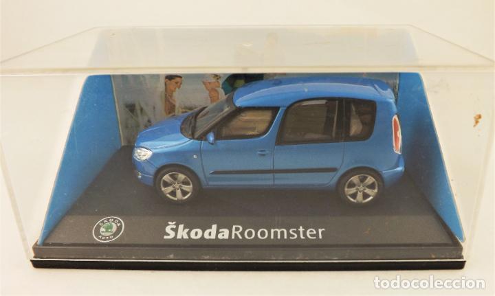 Coches a escala: Skoda Roomster (oficial). Esc 1:43 - Foto 5 - 206126942