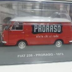 Coches a escala: FURGONETA FIAT 238 DE 1973.. Lote 207915575