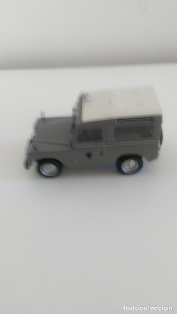 Coches a escala: Land Rover Policía Armada 1/43 - Foto 4 - 210540946