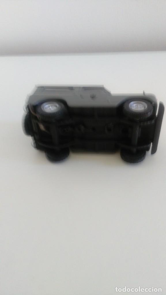 Coches a escala: Land Rover Policía Armada 1/43 - Foto 5 - 210540946