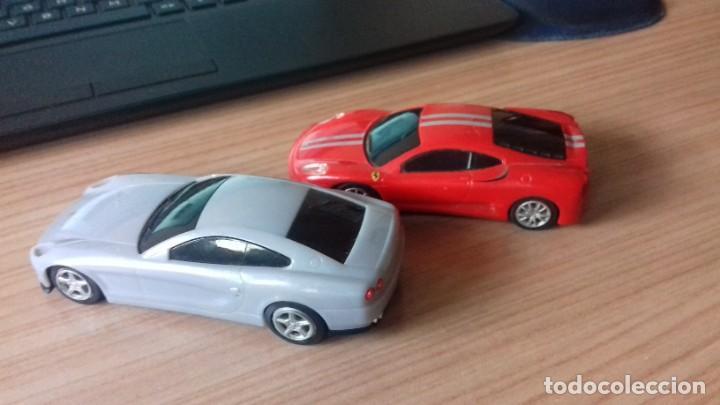 Coches a escala: Lote dos Ferraris y regalo de un tercero de formula 1 - Foto 3 - 211981585