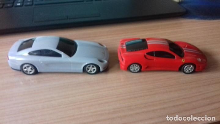 Coches a escala: Lote dos Ferraris y regalo de un tercero de formula 1 - Foto 5 - 211981585