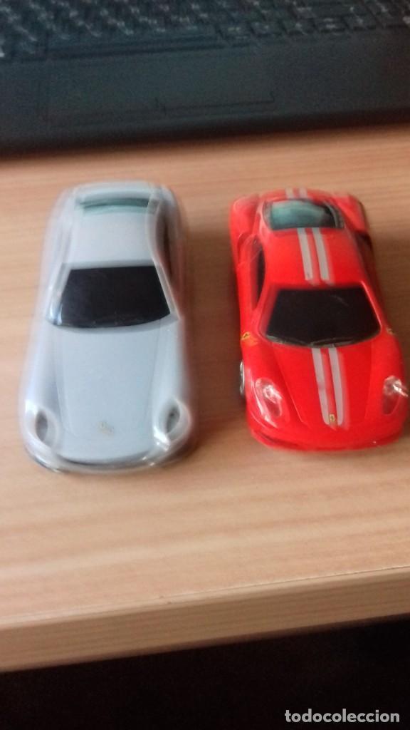 Coches a escala: Lote dos Ferraris y regalo de un tercero de formula 1 - Foto 6 - 211981585