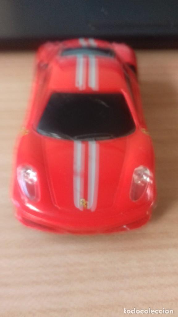 Coches a escala: Lote dos Ferraris y regalo de un tercero de formula 1 - Foto 15 - 211981585