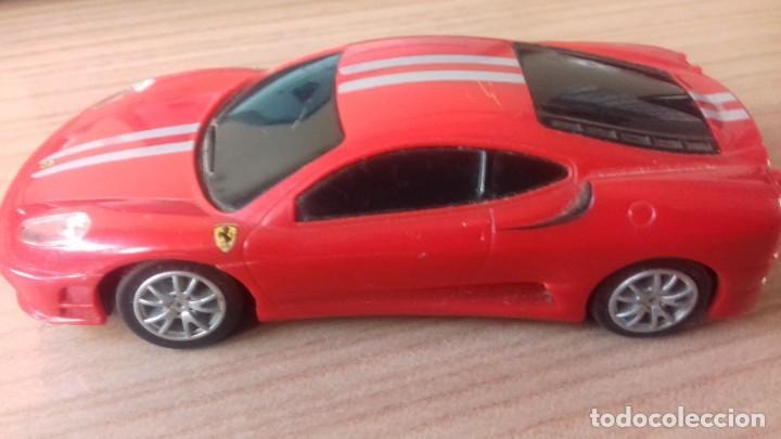 Coches a escala: Lote dos Ferraris y regalo de un tercero de formula 1 - Foto 19 - 211981585